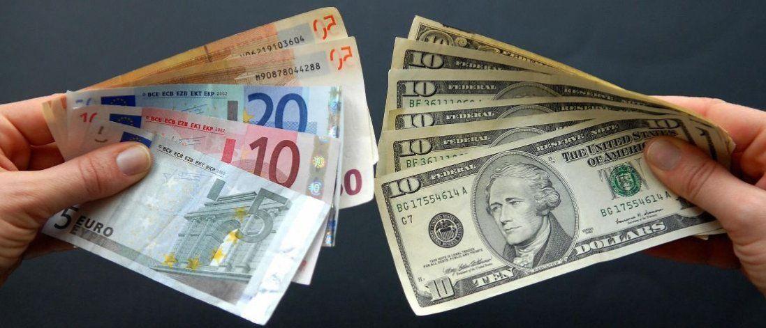 Долар і євро знову почали дорожчати