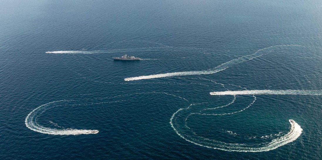 Росіяни затримали судно з українцями в Азовському морі