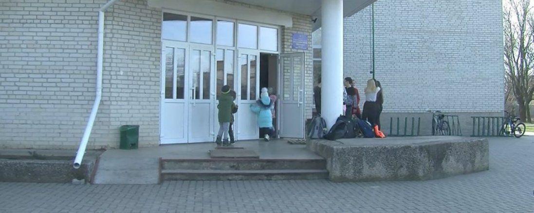 У Луцьку учні 13 школи не хочуть переходити в інші навчальні заклади (відео)