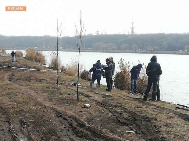 На місці працюють правоохоронці та судмедексперти / Фото: Рудана