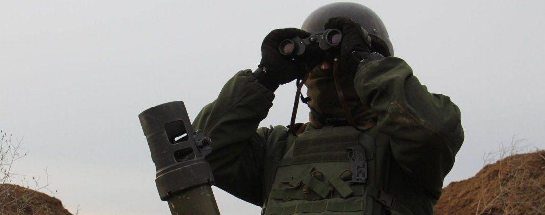 Важка доба на Донбасі: 22 обстріли, загиблий і шестеро поранених