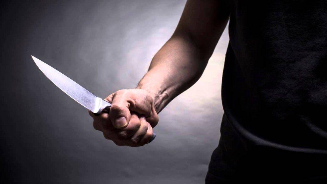 У Луцьку іноземець з ножем напав на поліцейського