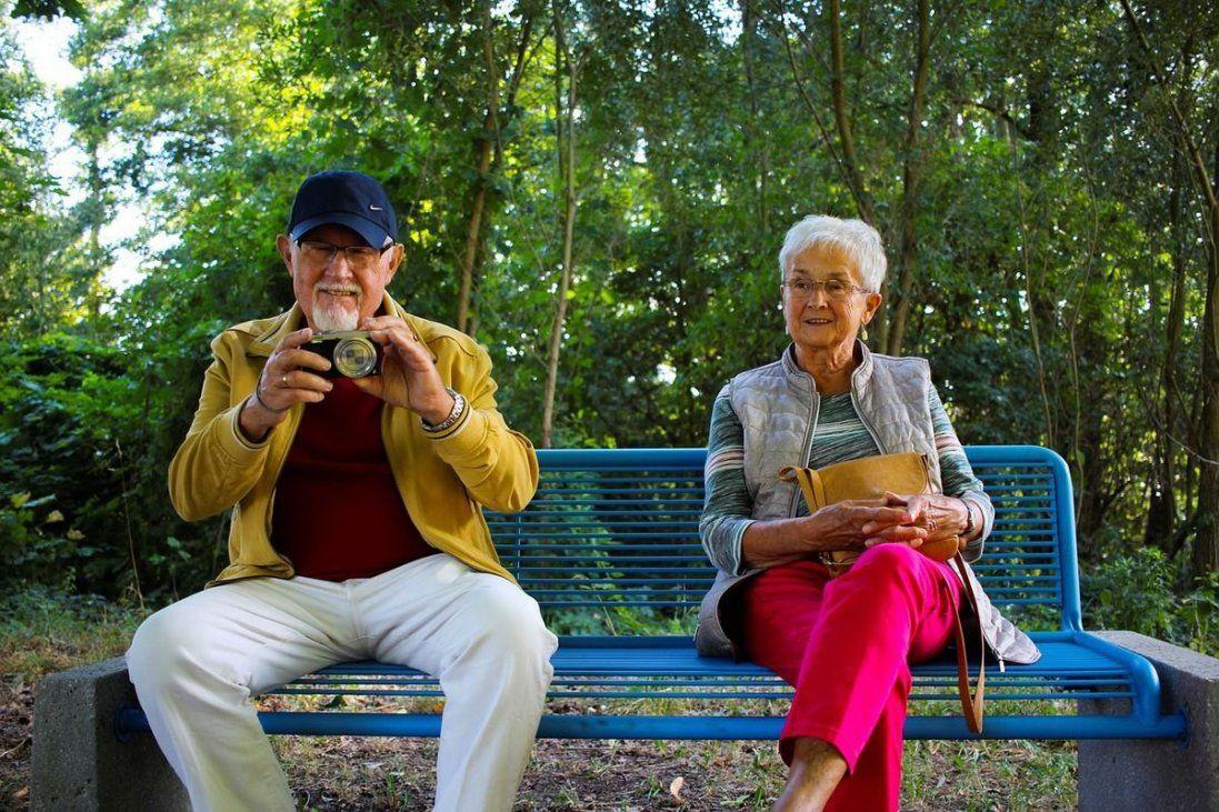 У скільки років європейці йдуть на пенсію