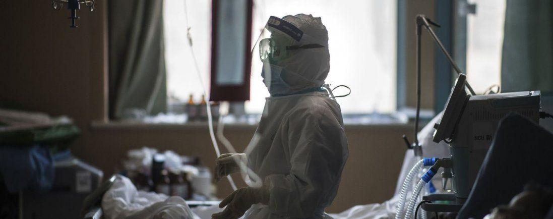 На коронавірус хворіють у 30 країнах світу, 2619 людей померли