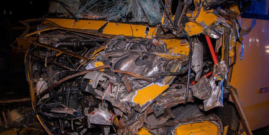 УКиєві - ДТП за участю маршрутки: постраждали 12 осіб (фото, відео)