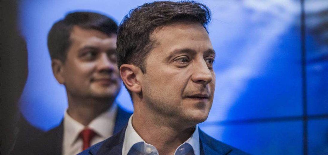 У ЗМІ повідомляють про конфлікт Разумкова і Зеленського: за що сварилися?