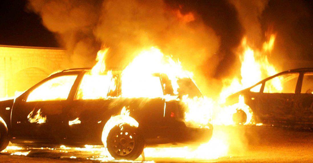 У Харкові активісту спалили автомобіль (фото)