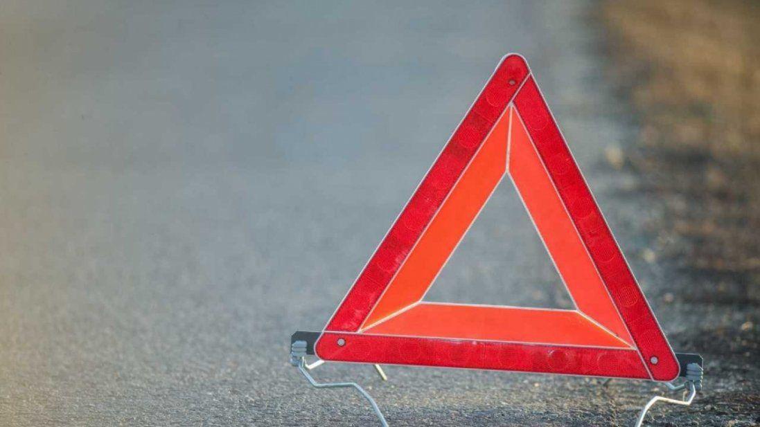 Пропустив пішохода: у Нововолинську – потрійна аварія (фото)