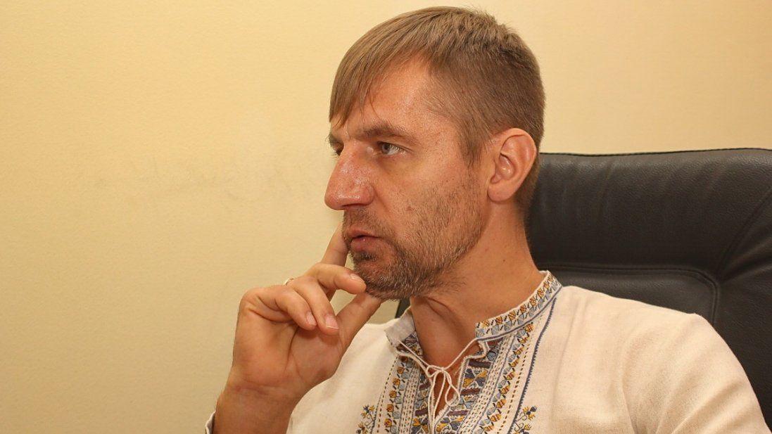 Український екснардеп працює таксистом у Києві