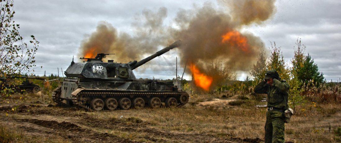 Бойовики на Донбасі обстрілюють українських військових із житлових секторів