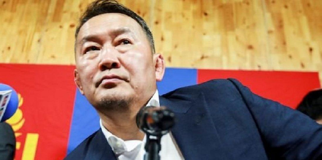 Після поїздки у Китай президент Монголії перебуватиме на двотижневому карантині