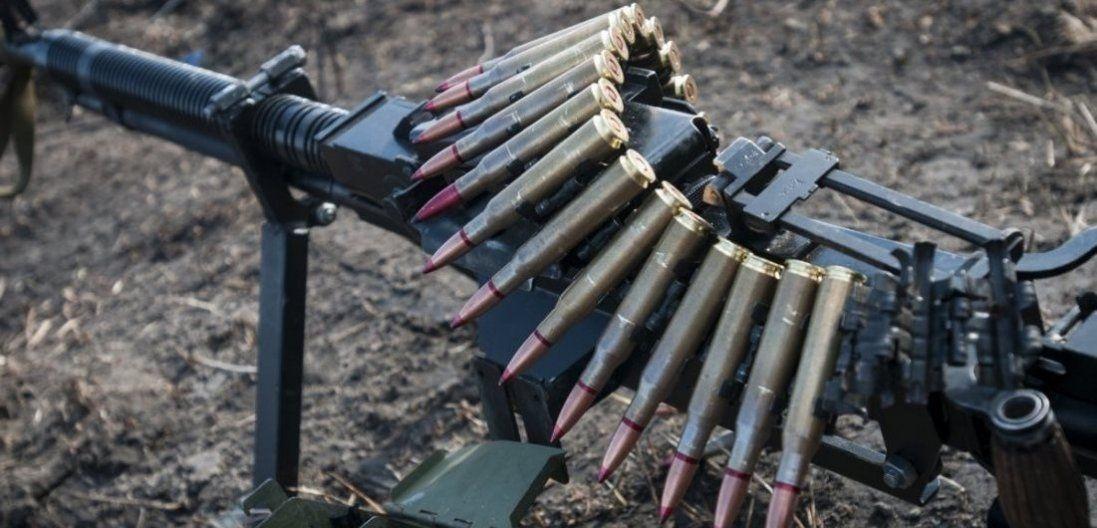 Через обстріли на Донбасі постраждали українські військові
