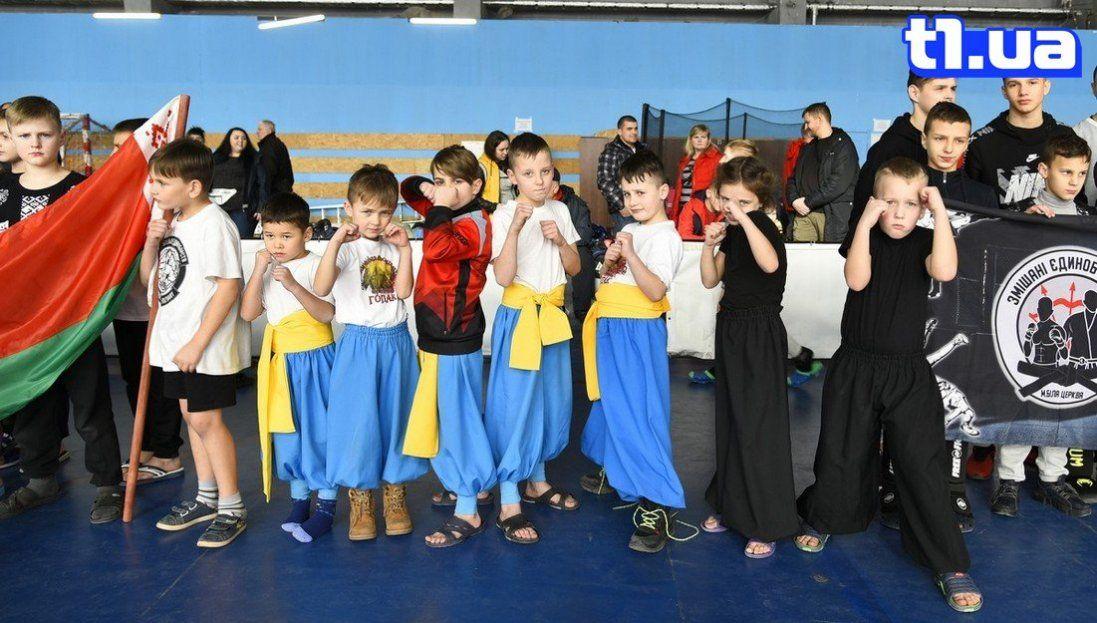 Фото відкриття турніру зі змішаних єдиноборств «Pride» в Луцьку