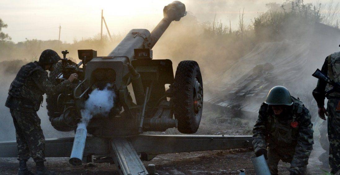 Обстріли бойовиків на Донбасі: поранили мирну жительку