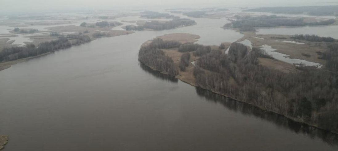 На Київщині загадково зникли рибалки. Як їх шукають (фото, відео)