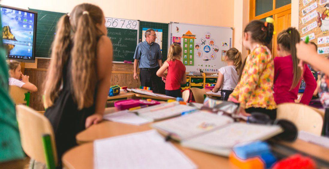 Спалах коронавірусу: в чернівецьких школах посилили заходи безпеки