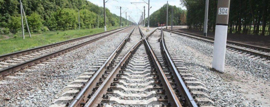 Поблизу Харкова потяг збив чоловіка