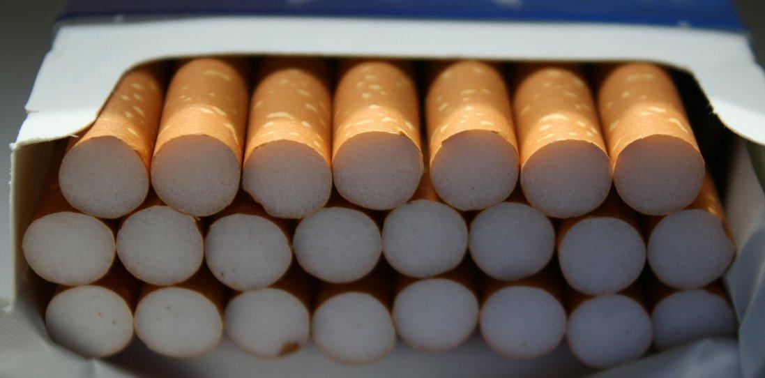 На Волині спіймали чоловіків, які хотіли пронести майже 4  тисячі контрабандних цигарок (фото)