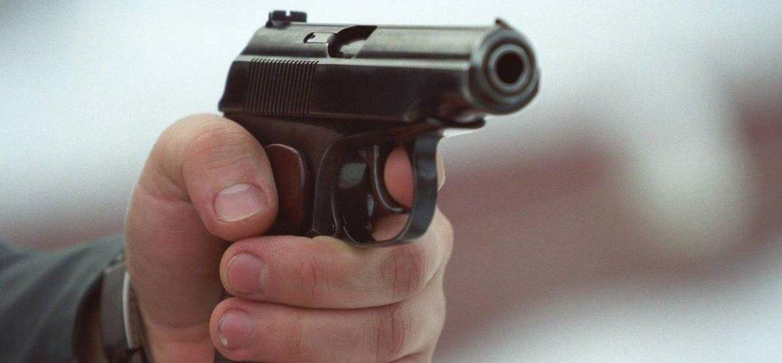Відмовилися розплачуватися: луцькому таксисту погрожували пістолетом