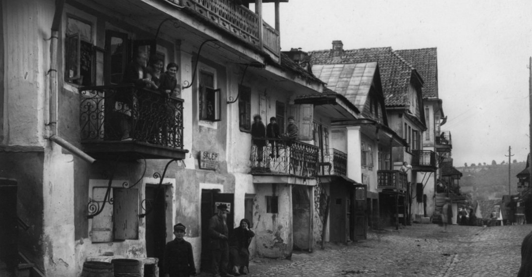 Ретромандрівка по Кременцю початку ХХ століття (фото)