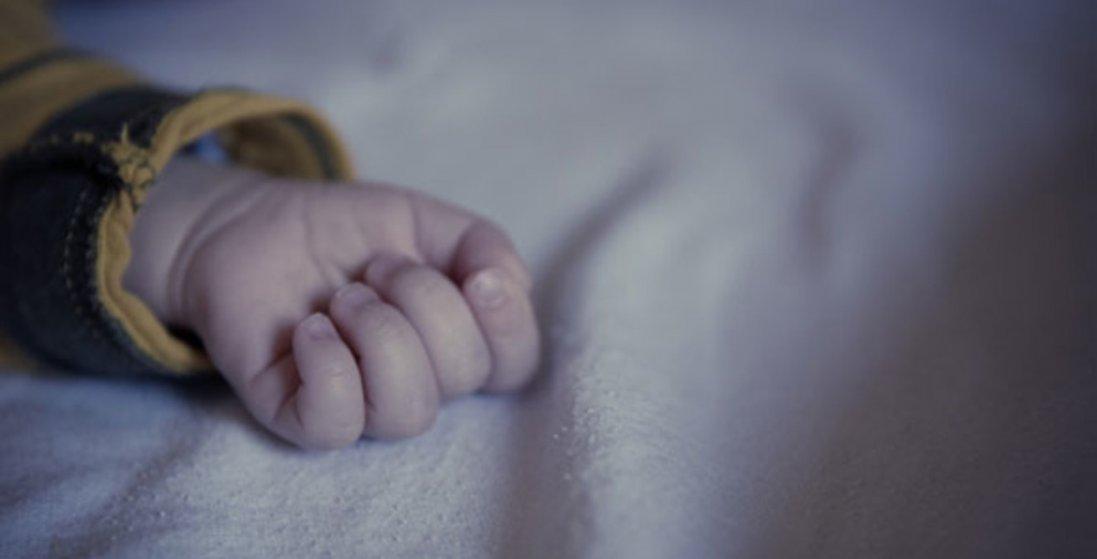 Під Києвом мати викинула немовля на смітник