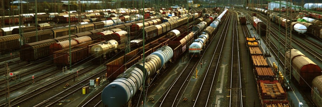 В Одесі злодії викрали залізничний кабель: затримали потяги