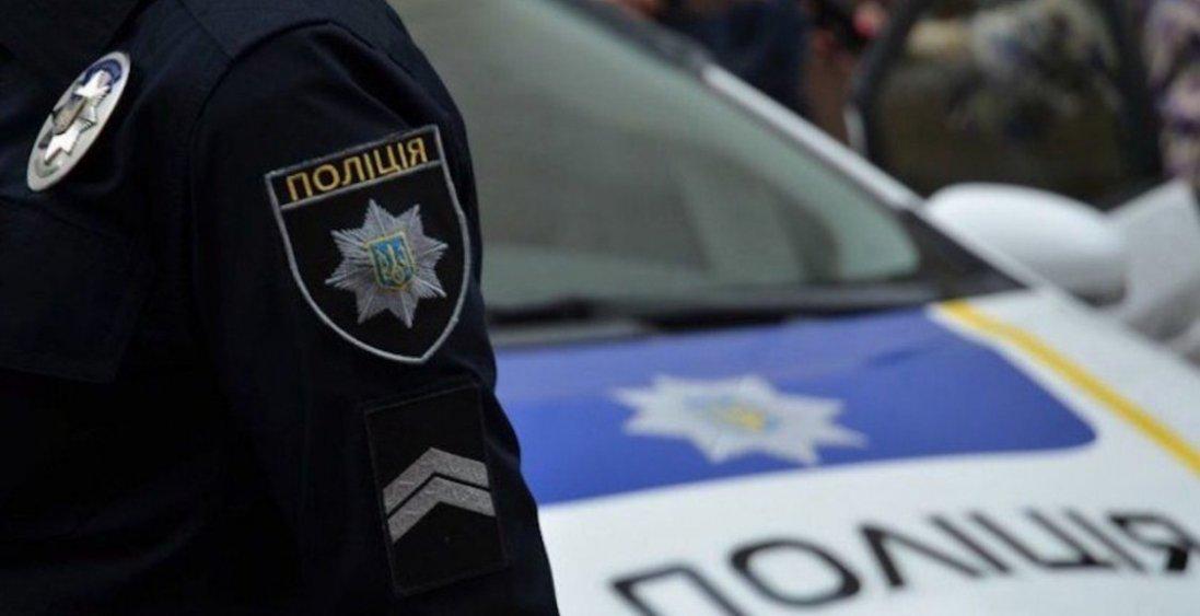 У Луцьку п'яний військовослужбовець пошкодив поліцейську автівку
