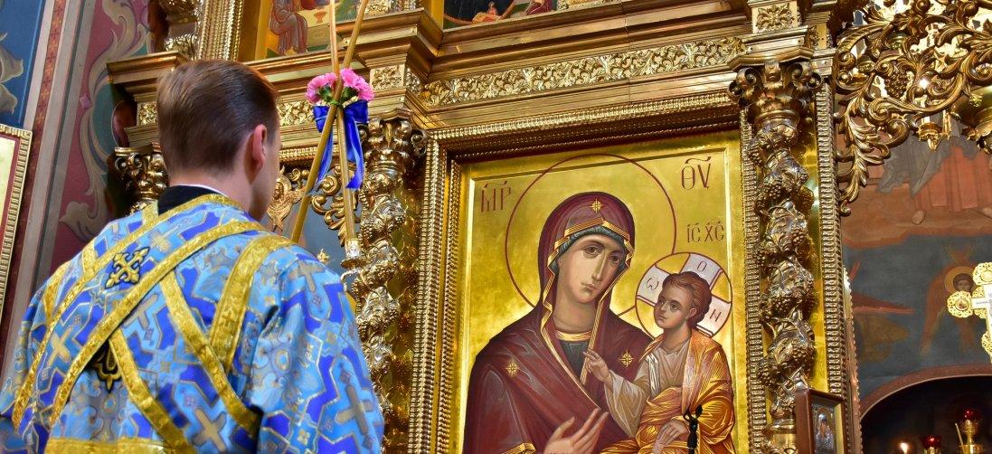 У Луцьку просять обмежити відвідування церков