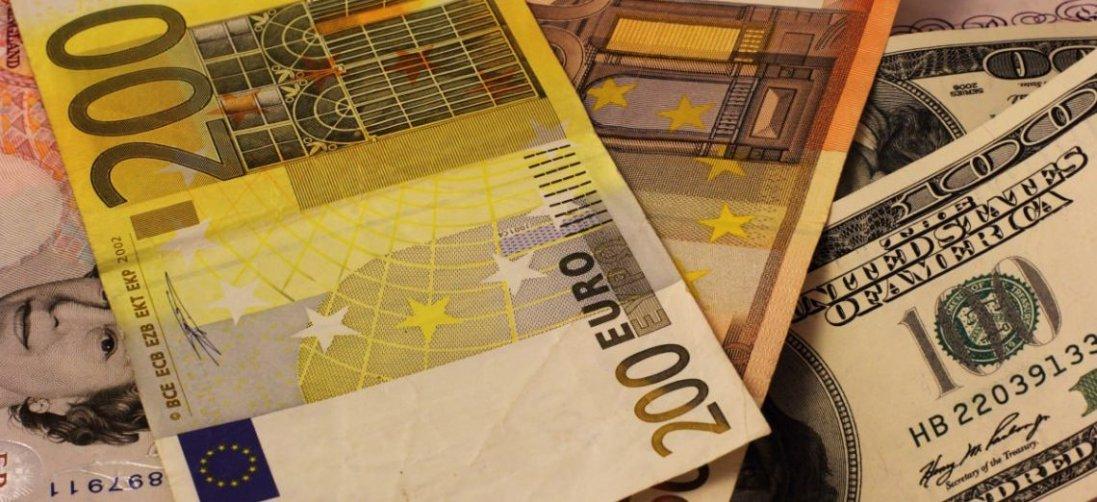 Євро – понад 30 гривень: курс валют 20 березня