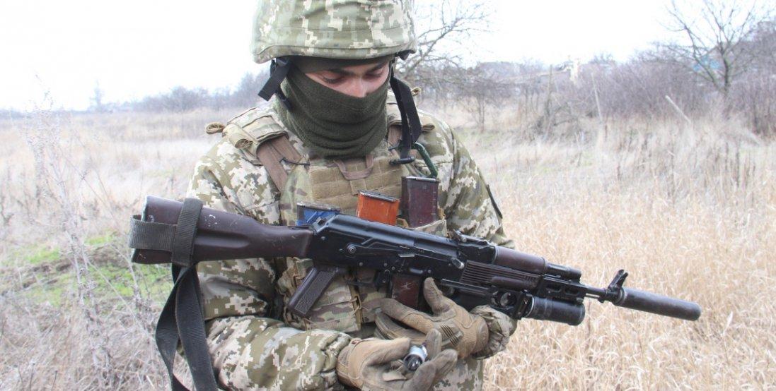 На Донбасі в результаті обстрілу бойовиками поранено четверо військових