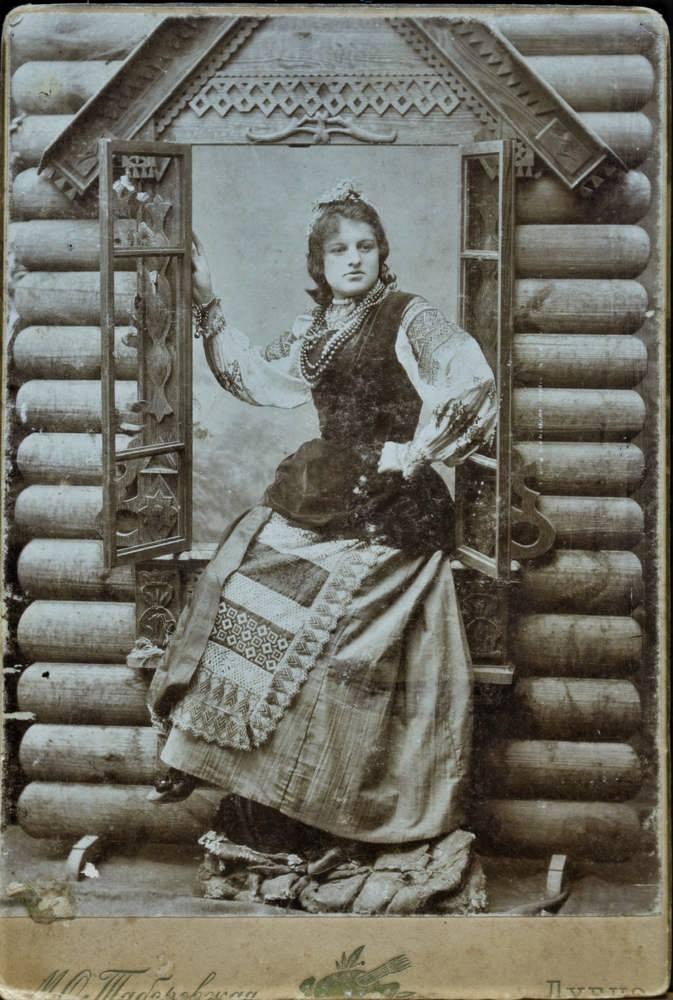 Підпис до фото «Анюті від тьоті Марусі», м. Дубно, 1890 р.