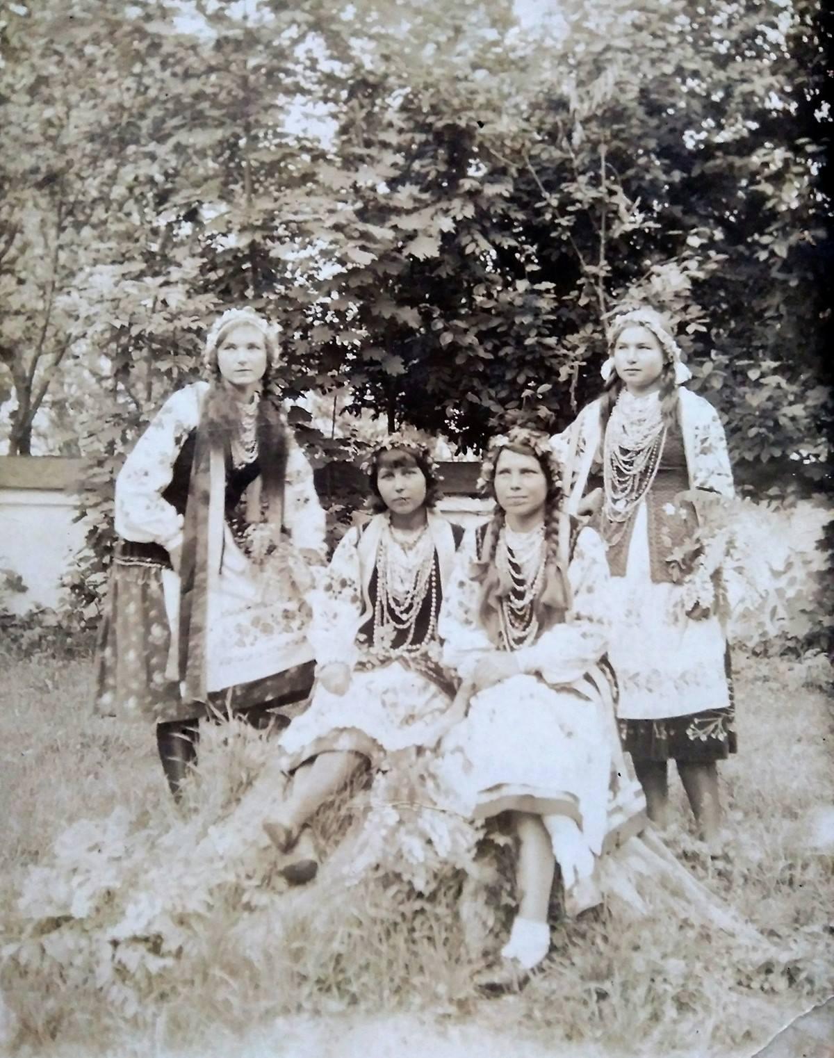 Волинь, Шубків (суч. Рівненський р-н), 1920 ті рр.