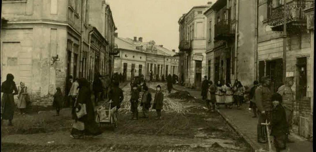 Самбір та Сокаль на столітніх фото