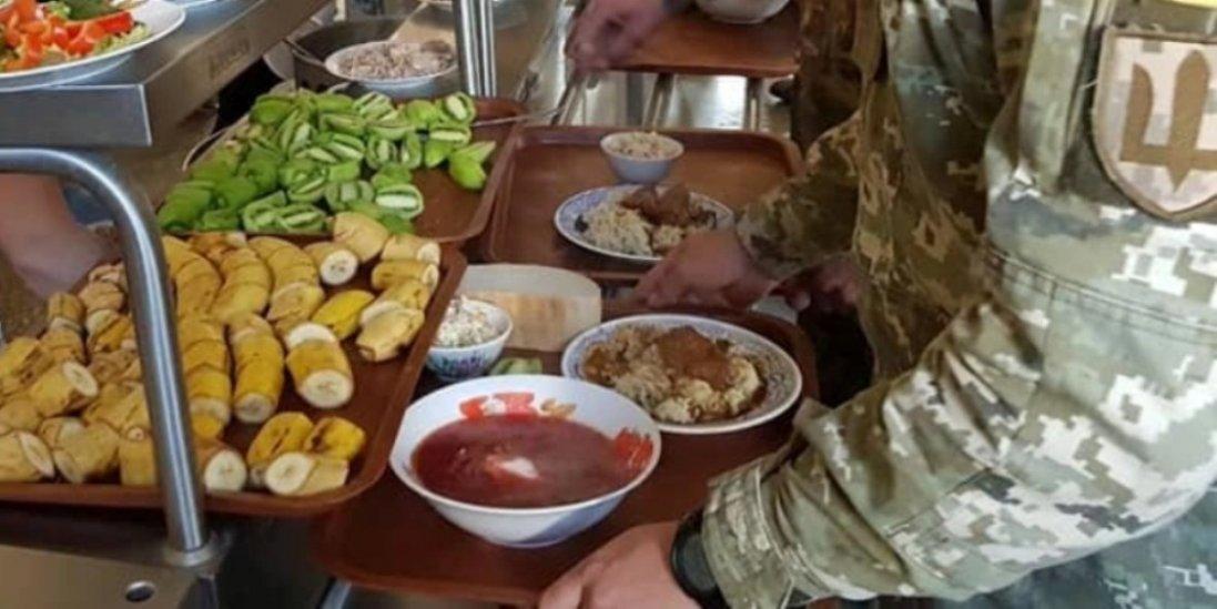 В Україні не спроможні організувати харчування військових по-новому – Міноборони
