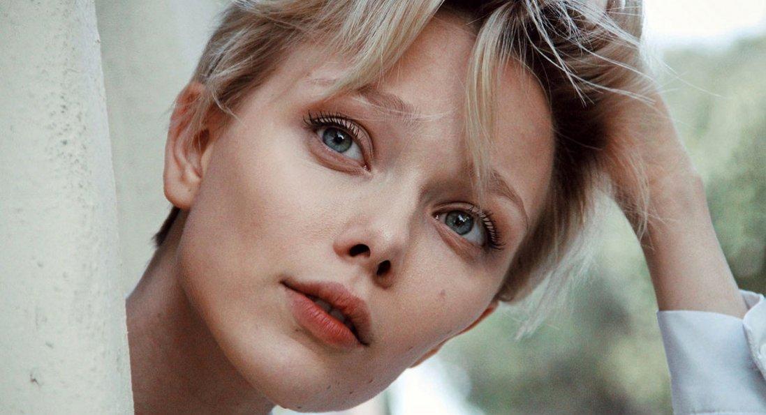 Українська зірка Голлівуду захворіла коронавірусом
