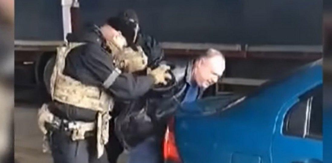 Російський шпигун у Луцьку: показали відео затримання та його схему роботи