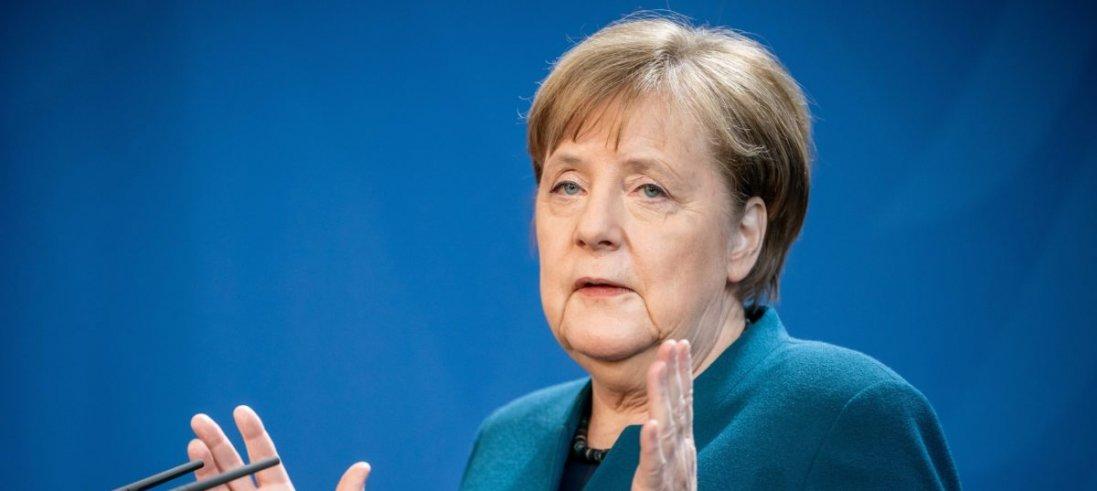 Меркель самоізолювалася на карантин. Чому?