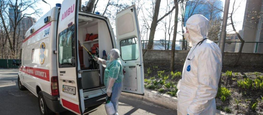 «Тіло винесли з лікарні у мішку» – моторошні подробиці смерті й поховання померлого від коронавірусу на Тернопільщині