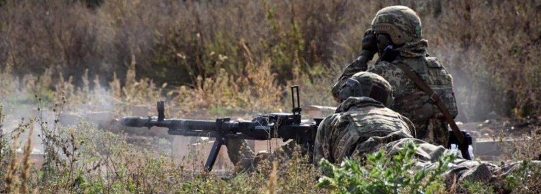 На Донбасі знову обстріляли українські позиції