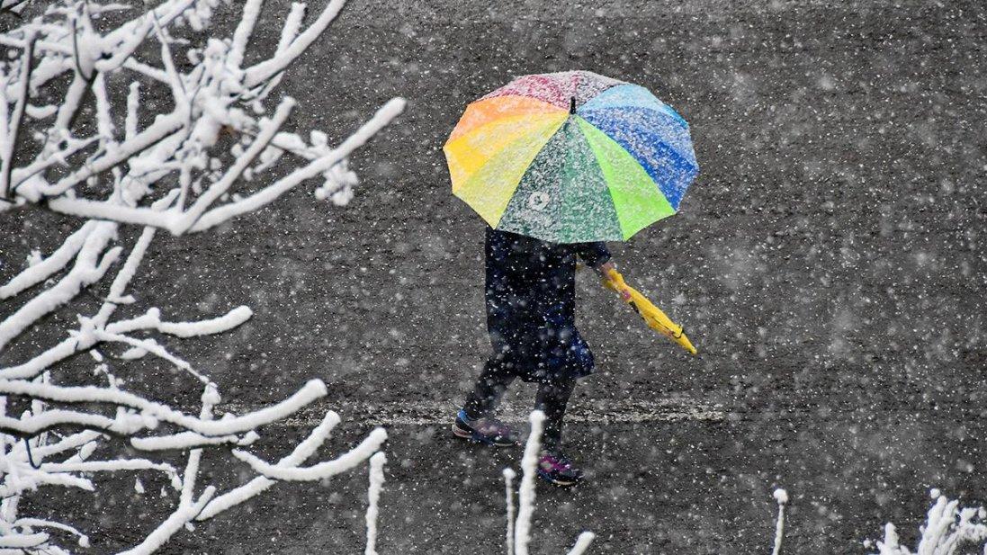 Українців попереджають про мороз і сніг