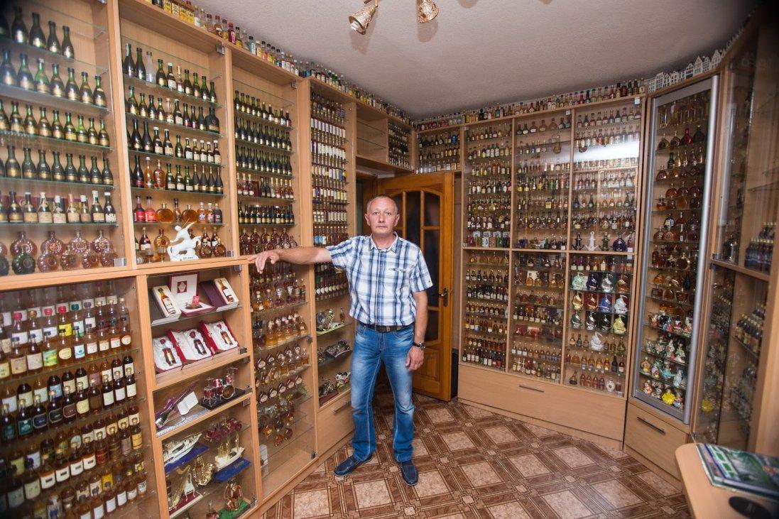 Зібрав 30 тисяч пляшок алкоголю із 20 країн світу