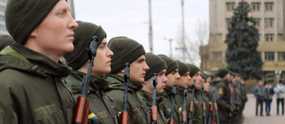 У Києві біля готелів, де українці перебувають на обсервації, чергують нацгвардійці