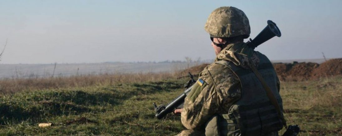 На Донбасі чотири рази обстрілялиукраїнські позиції