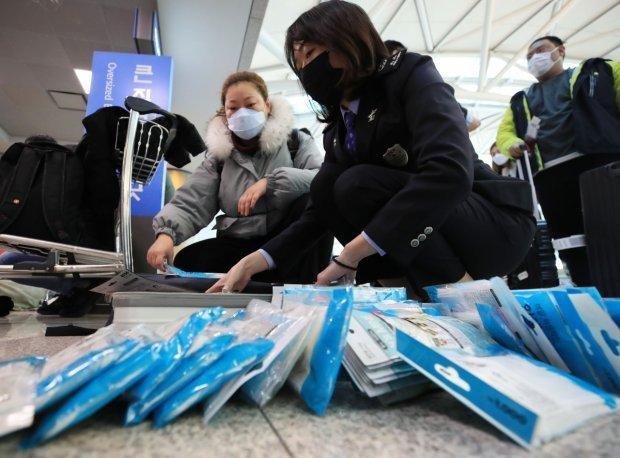 Медичні засоби на митниці / Фото Yonhap