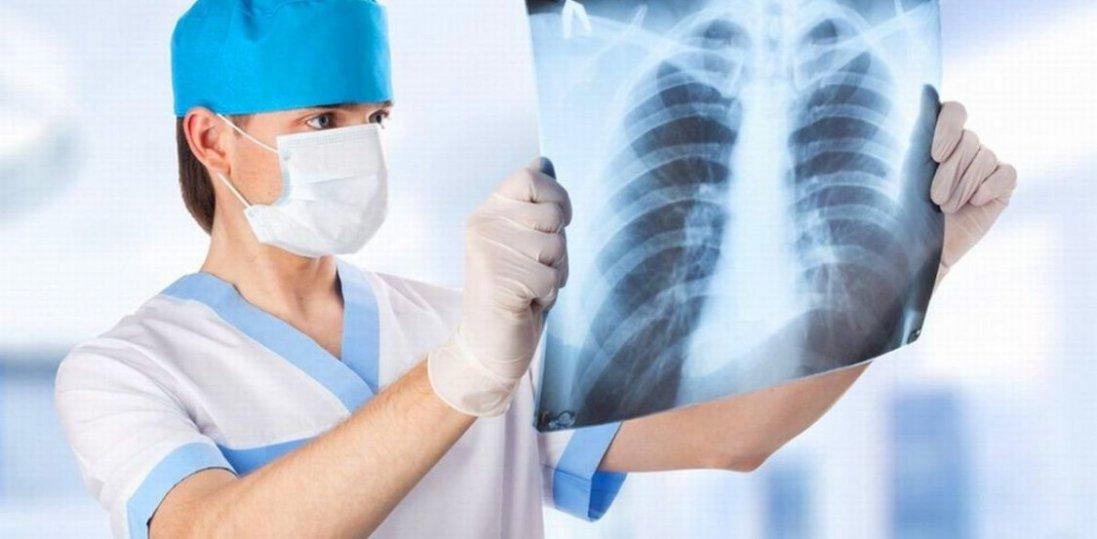 В Україні масово перевірятимуть на COVID-19 хворих  з пневмонією