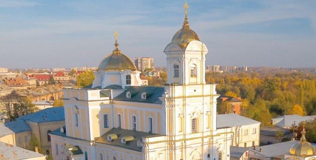 Скільки днів освячуватимуть вербу в соборі у Луцьку