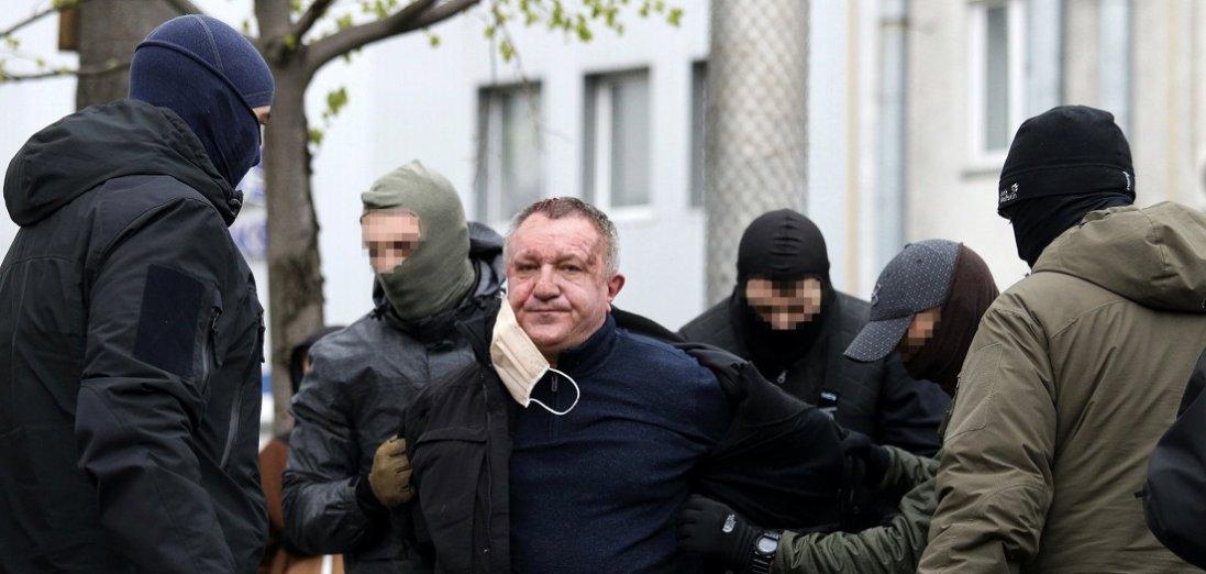 Готувати теракти і зливав інформацію Росії: викрили генерала-зрадника з СБУ