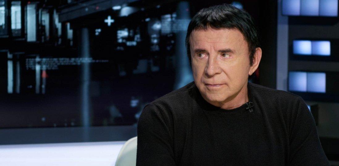«Завдяки вашим сеансам виросли три ноги»: Кашпіровський рятує від коронавірусу