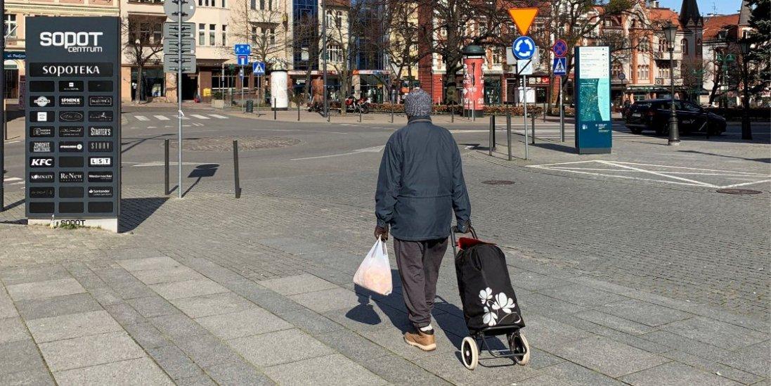 В Польщі починають поступово виходити з карантину