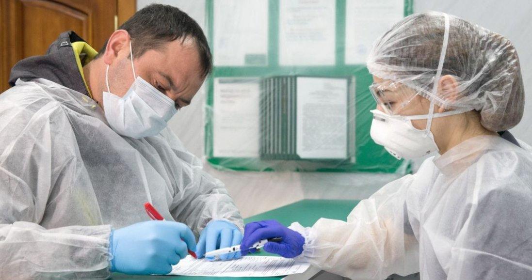 Коронавірус в Україні: волинські медики ще не отримали доплат